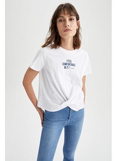 DeFacto Slogan Baskılı Beli Düğüm Detaylı Relax Fit Tişört Beyaz